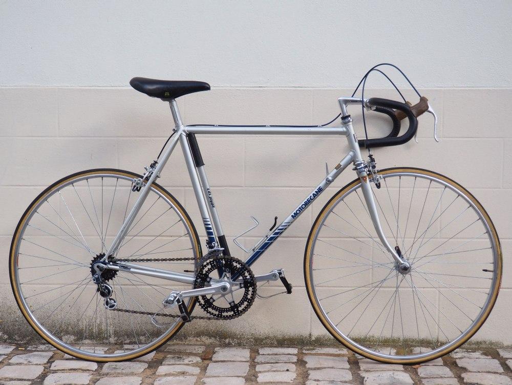 Vélo Route Motobécane  Pantin