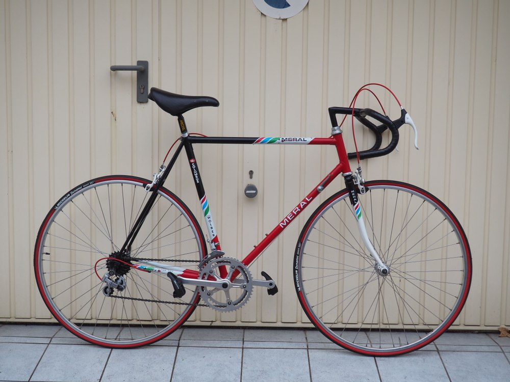 Vélo Route Meral Pantin
