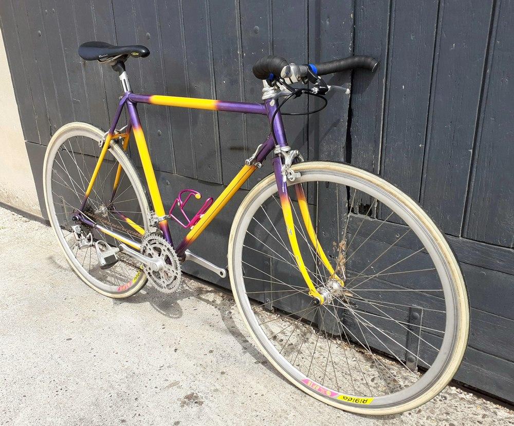 Vélo acier (Livraison partout en France)