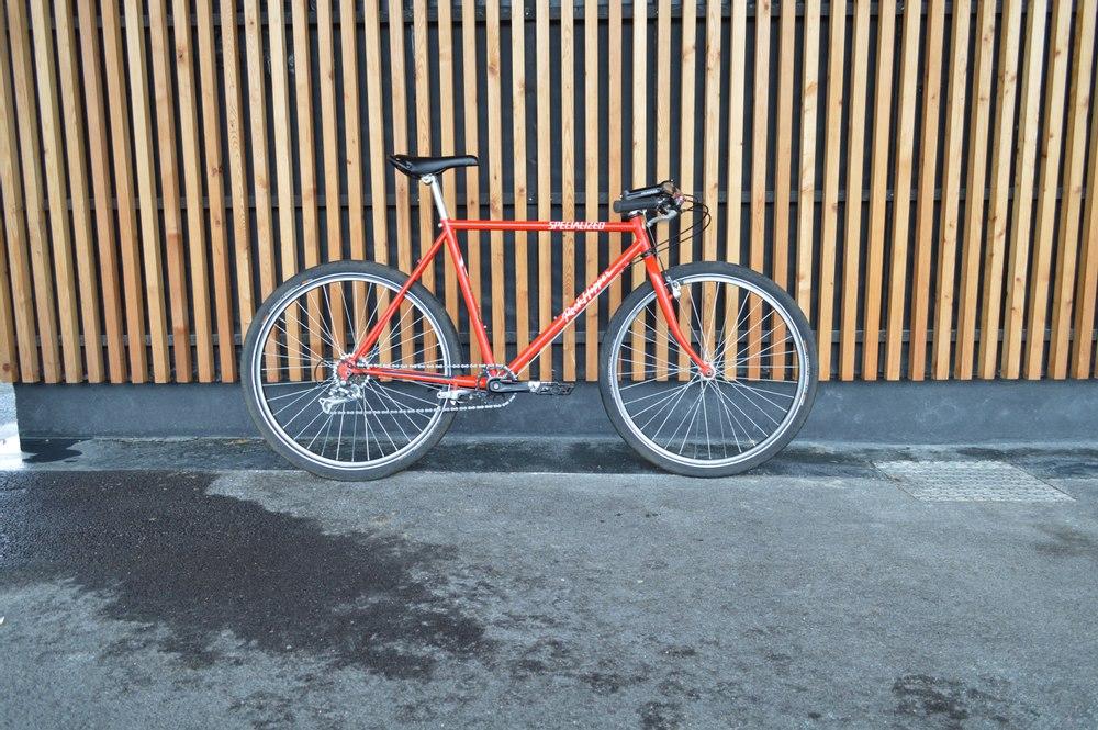 Vélo VTT Specialized Paris