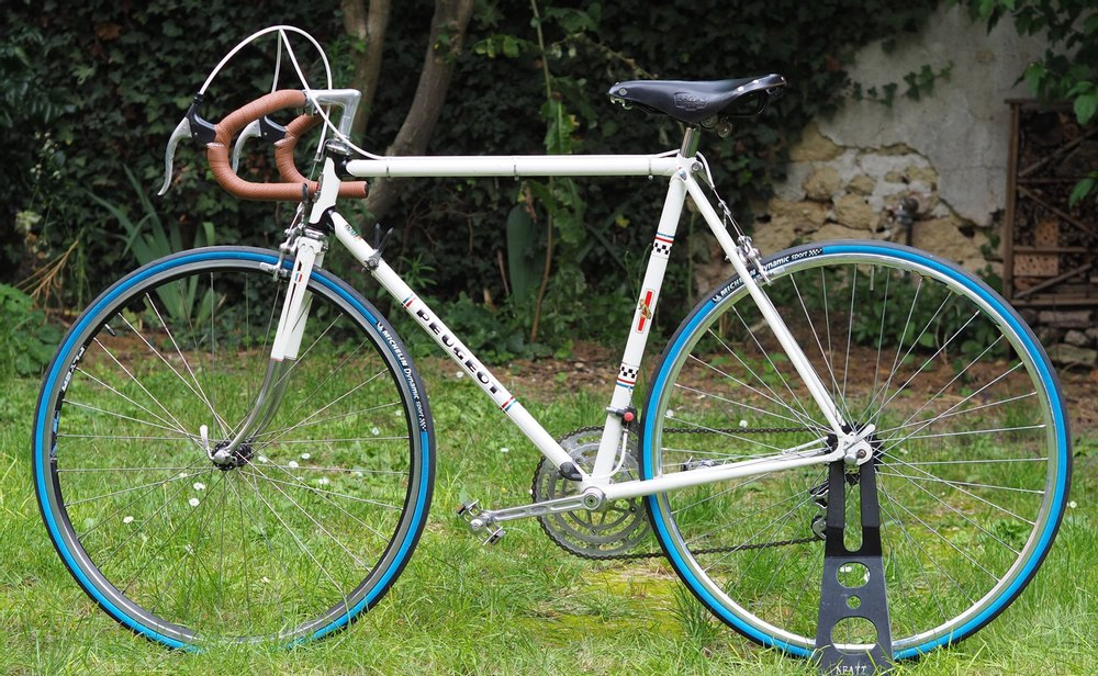 Vélo course Peugeot PR10 (1976) - Entièrement restauré.