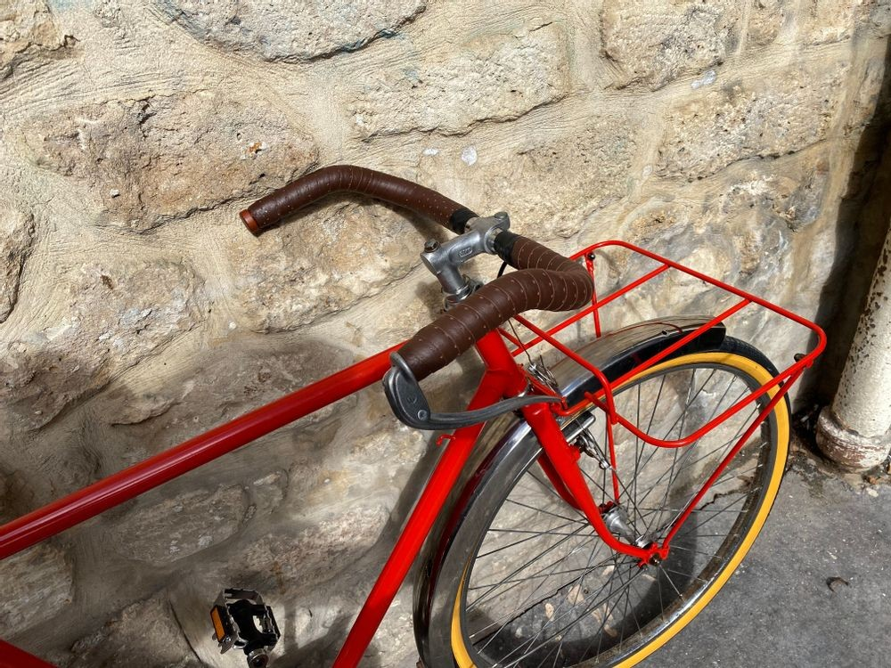Vélo de Ville Selle et Guidoline Cuir