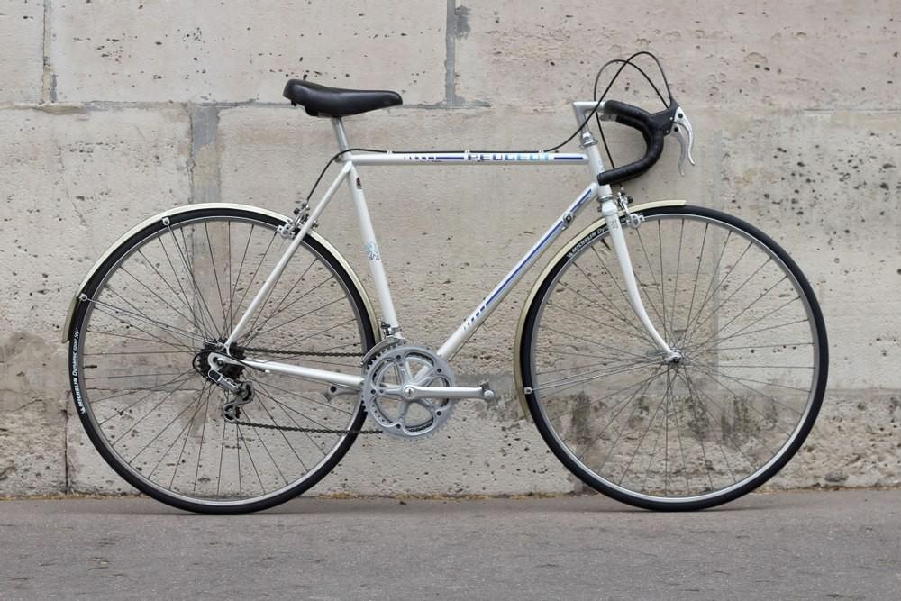 Vélo Peugeot P10S blanc avec garde boues
