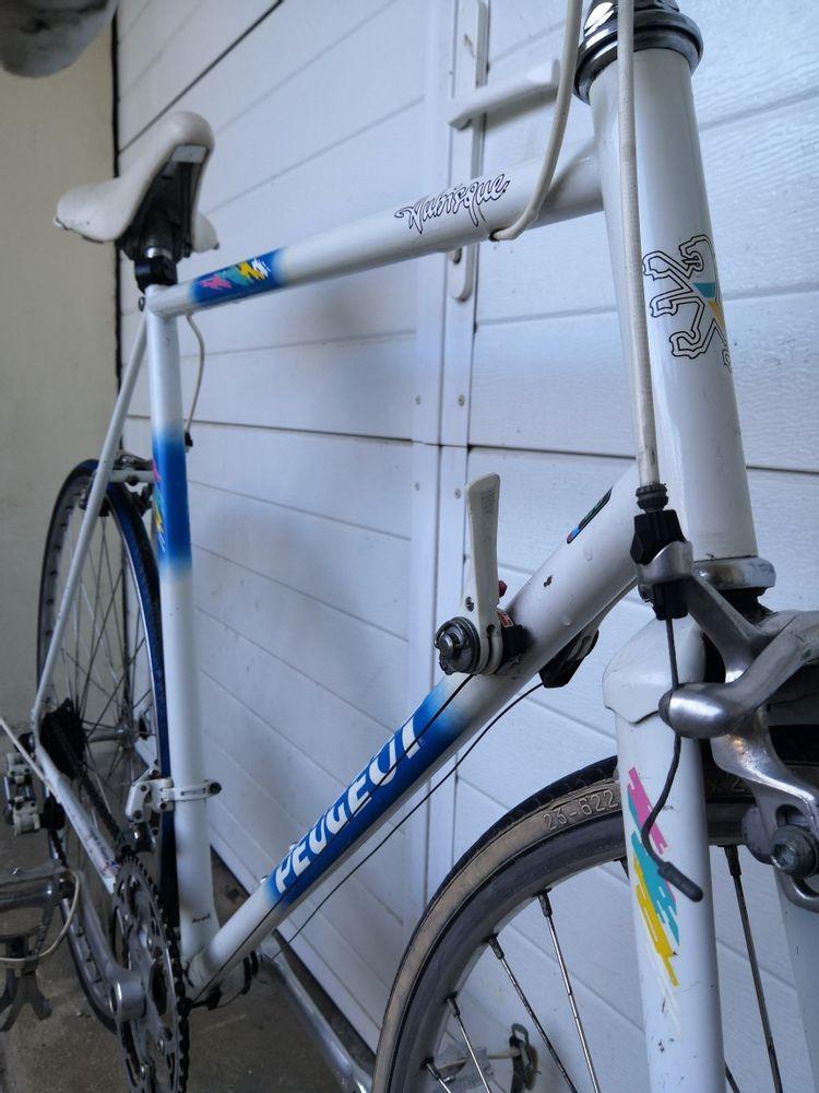 Vélo Peugeot Aubisque Rare